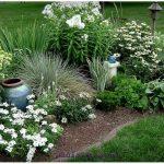 Правила создания монохромных цветников