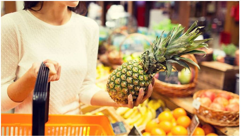 Покупка ананаса